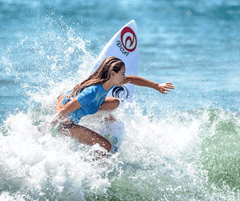 Leah-Thompson-Advanced-Surf-Camp
